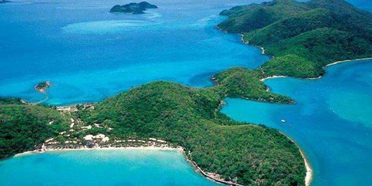 Long Island Great Barrier Reef