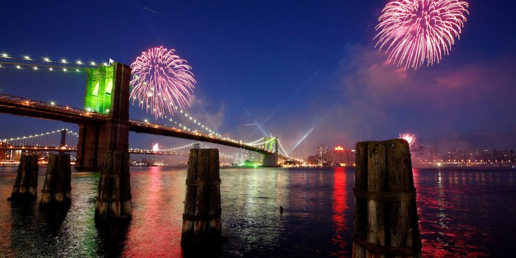 Brooklyn Bridge Fireworks